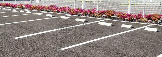 travaux-preparatoires-decaissement-enrobes-parking-01