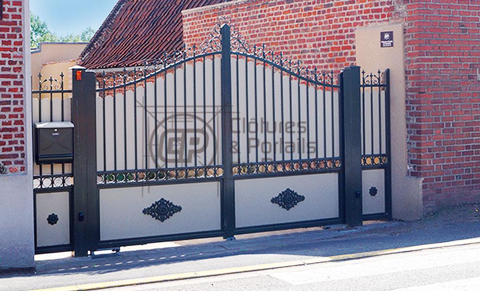 Ouvrant portail pivotant tradition acier 04 cloture du douaisis for Portail aluminium ouvrant